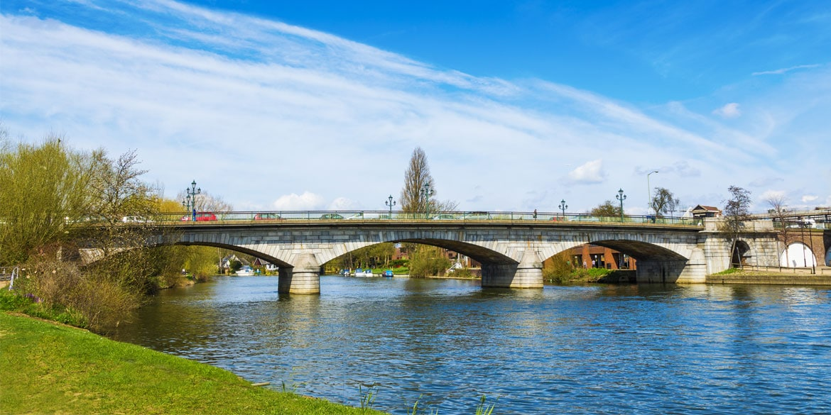Staines-upon-Thames-1.jpg